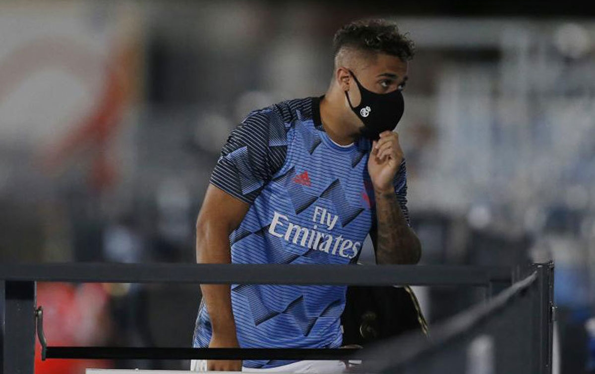 Striker Real Madrid Positif Terinfeksi Corona