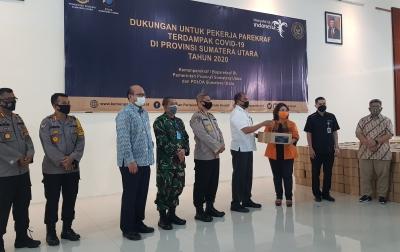 Kementerian Pariwisata Serahkan BaLaSa, Bantuan Terdampak Covid-19 di Sumut