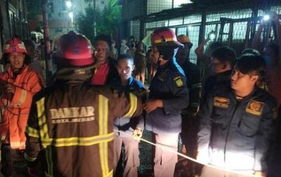 Diduga Korsleting Listrik, 1 Unit Rumah di Medan Area Terbakar