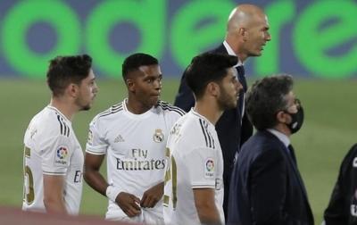 Selisih Empat Poin dari Barcelona, Zidane: Tidak Ada Eforia