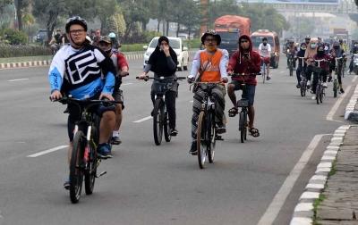 Tips Aman dan Nyaman Bersepeda di Era New Normal ala Dokter Olahraga