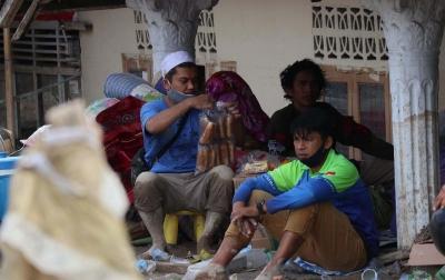 Relawan Berperan Penting Dalam Pelaksanaan Protokol Kesehatan di Lokasi Pengungsian