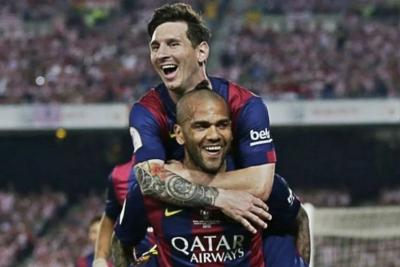 Alves Ungkap Alasan Messi Marah Kepada Barcelona