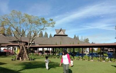Pemerintah Kabupaten/Kota Didorong Buka Lokasi Wisata