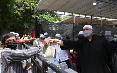 Cegah Covid-19, Pembagian Daging Kurban di Masjid Jami' Silalas dengan Sistem Barcode