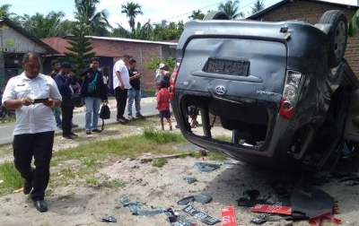 Saat Penggrebekan Bandar Narkoba, Mobil BNN Dirusak Massa