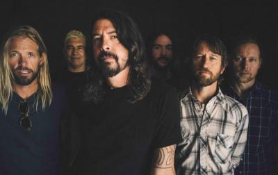 Foo Fighters Batalkan Tur Konser Peringatan 25 Tahun
