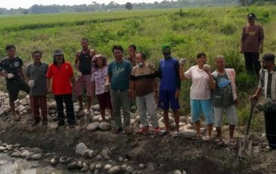 Warga Desa Serdang Tolak Pembangunan Ternak Ayam