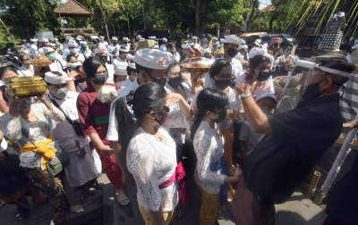 Pengembangan Pariwisata Dilarang Menggusur Masyarakat Adat
