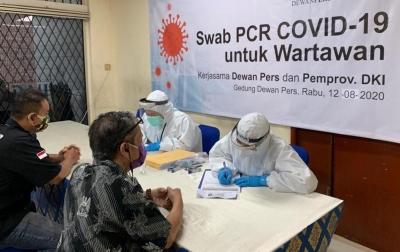 150 Wartawan Ikuti Tes Swab-PCR di Dewan Pers