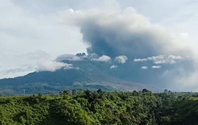 Sinabung Kembali Erupsi Pagi Tadi, Tinggi Kolom 1.000 Meter