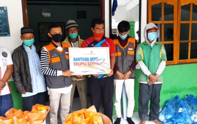 Yatim Mandiri Bantu Masyarakat Terdampak Erupsi Sinabung