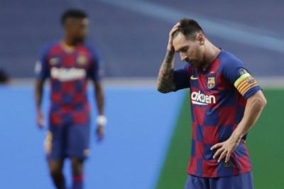 Cara Lionel Messi Memaksa Barcelona Agar Melepasnya