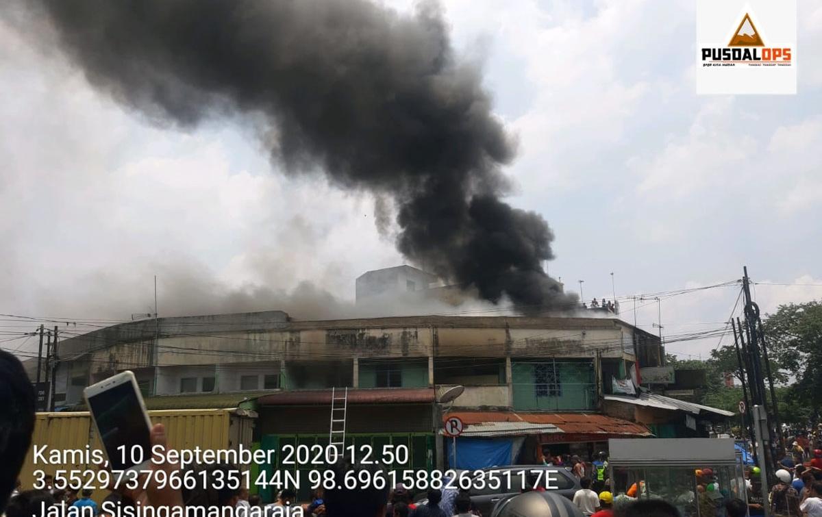 Empat Unit Ruko di Simpang Limun Terbakar