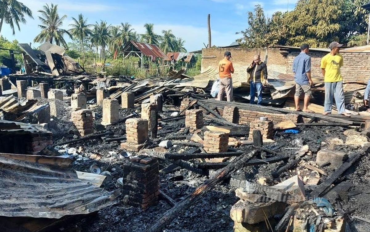 Empat Rumah Warga di Batu Bara Hangus Terbakar