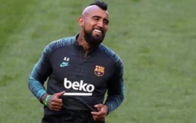 Arturo Vidal Segera Tinggalkan Barcelona