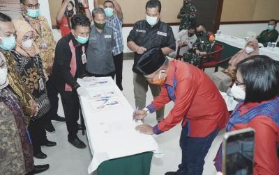 KPUD Simalungun Deklarasi Kepatuhan Protokol Kesehatan, Peserta Pilkada Siap Patuhi