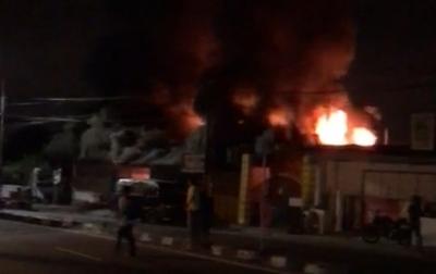 Kios Penjualan Tabung Gas Ludes Terbakar di Mongonsidi