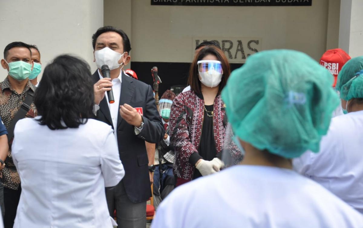 PSBI Peduli Sesama, Salurkan Alat Kesehatan dan Paket Sembako di Samosir