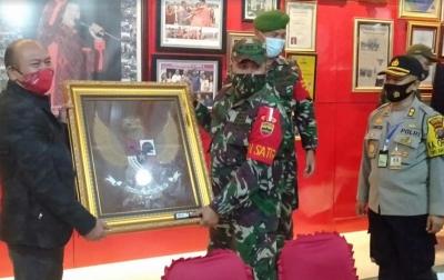 Letkol Czi Roni Agus: TNI Lahir dari Rakyat