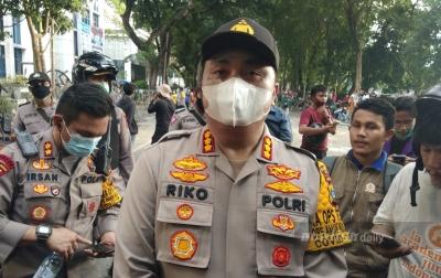 7 Polisi Luka Saat Kawal Unjuk Rasa Ricuh di DPRD Sumut