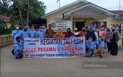 Socfindo Tanah Gambus Salurkan 70 Paket Sembako