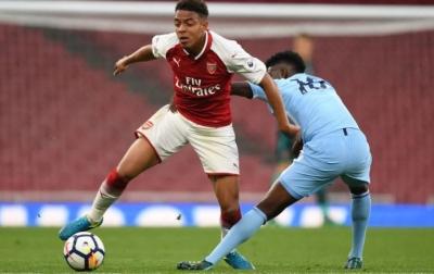 Arsenal Ingin Datangkan Kembali Striker Muda Asal Belanda