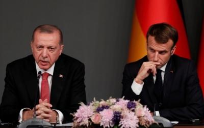 Erdogan Menyebut Presiden Perancis Butuh Perawatan Mental