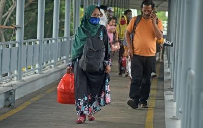 Satgas Covid-19 Imbau Masyarakat Menjauhi Daerah Ramai Saat Liburan