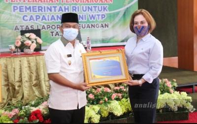 Pemkab Palas Terima Piagam Penghargaan Atas Capaian WTP