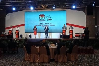Debat Perdana: Pengembangan UMKM Bobby Lebih Kreatif dan Solutif