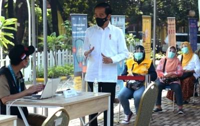 Jokowi Siap Jadi Orang Pertama Penerima Vaksin Covid-19