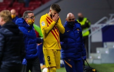 Dua Pemain Barcelona Alami Cedera Kaki
