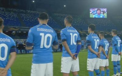 Napoli Gelar Penghormatan Kepada Maradona