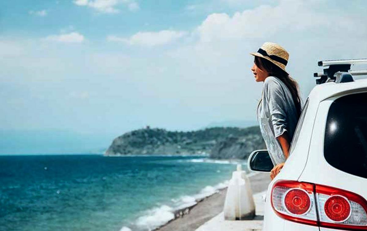 Ingin Liburan ke Pantai Pakai Mobil Pribadi? Persiapkan Hal Ini
