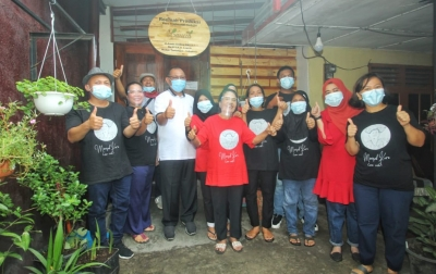 Harapan Pelaku UMKM Minyak Karo Kepada Akhyar Nasution