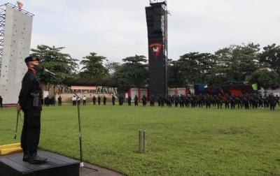 Dansat Brimob Polda Sumut Pimpin Apel Kesiapsiagaan Jelang Pilkada Serentak