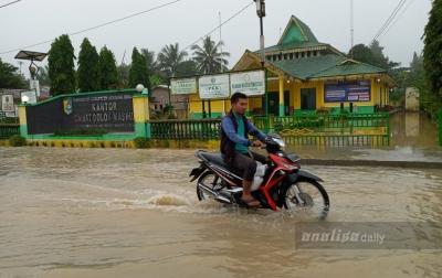 Korban Banjir di Dolokmasihul Kecewa dengan Sikap Camat dan Lurah