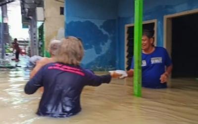 Aksi Bantu Korban Banjir Viral, Puji Latuperisa: Saya Tetap Ingat Mereka
