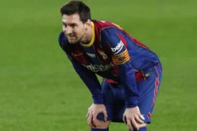 Messi Sebut Penjualan Suarez Sebagai Keputusan Gila