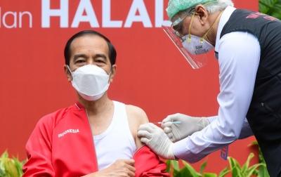 Foto: Presiden Terima Dosis Kedua Vaksin Sinovac