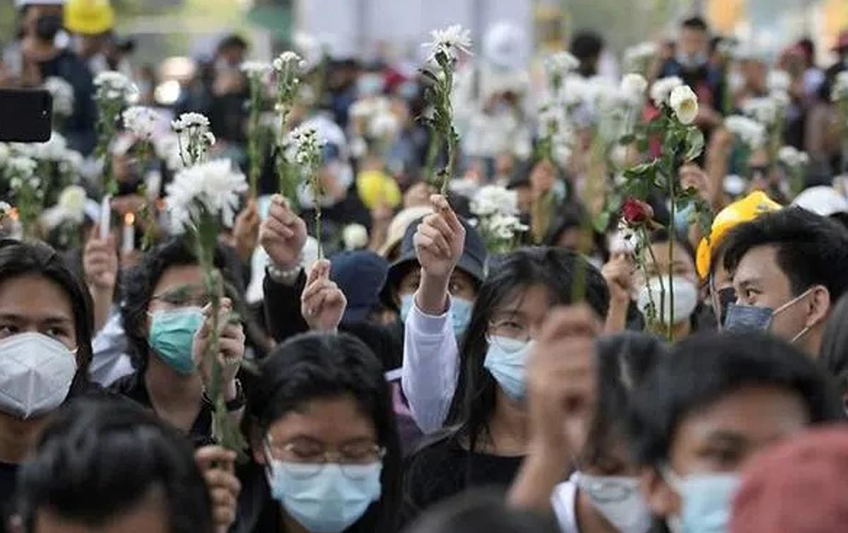 Jepang Hati-hati Memantau Situasi Myanmar