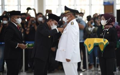 Edy Rahmayadi Lantik Akhyar Nasution