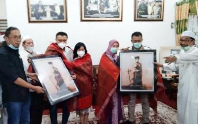 Kajati Sulteng dan Koordinator Jampidsus Kejagung Diulosi Syekh KH Ali Akbar Marbun