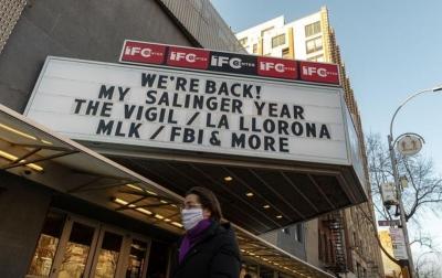 Ditutup Setahun, Warga Senang Bioskop Dibuka Kembali