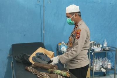Diduga Bunuh Diri, Pemuda Tergantung di Pohon Durian