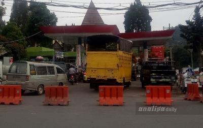 BBM Sulit Didapat di Sejumlah SPBU Karo