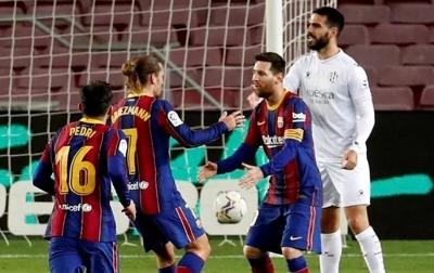 Tampil 767 Kali, Lionel Messi: Kehormatan Besar