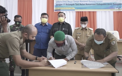 17 Kelompok Tani Hutan Konservasi Teken Perjanjian Kerja Sama BBTNGL