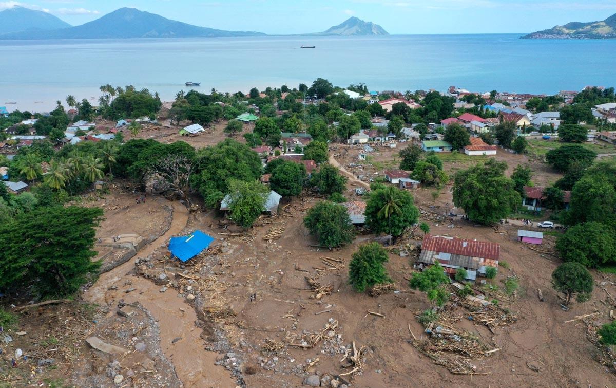 Foto: Dampak Banjir Bandang Adonara